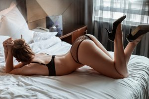 Ester live escort in Bellevue WA