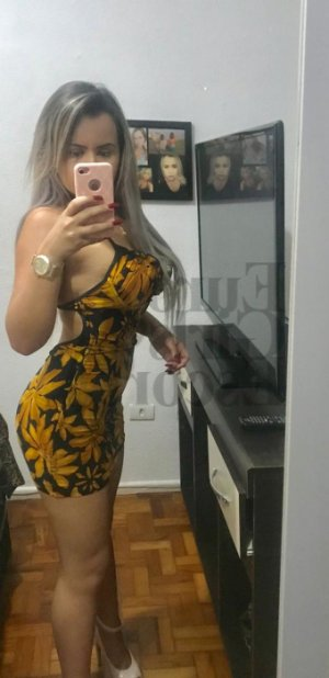 Isabella escort in North Lindenhurst NY, erotic massage