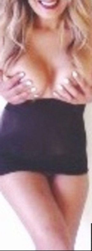 Roselyne escort girls in Abilene and nuru massage