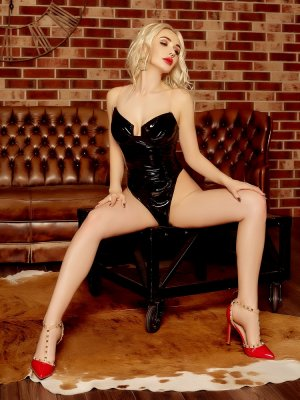 Anne-flore erotic massage and live escorts
